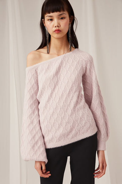 DILEMMA KNIT TOP