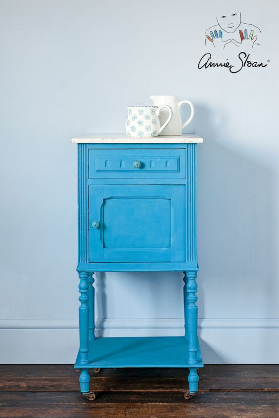 Annie Sloan giverny chalk paint nightstand 3