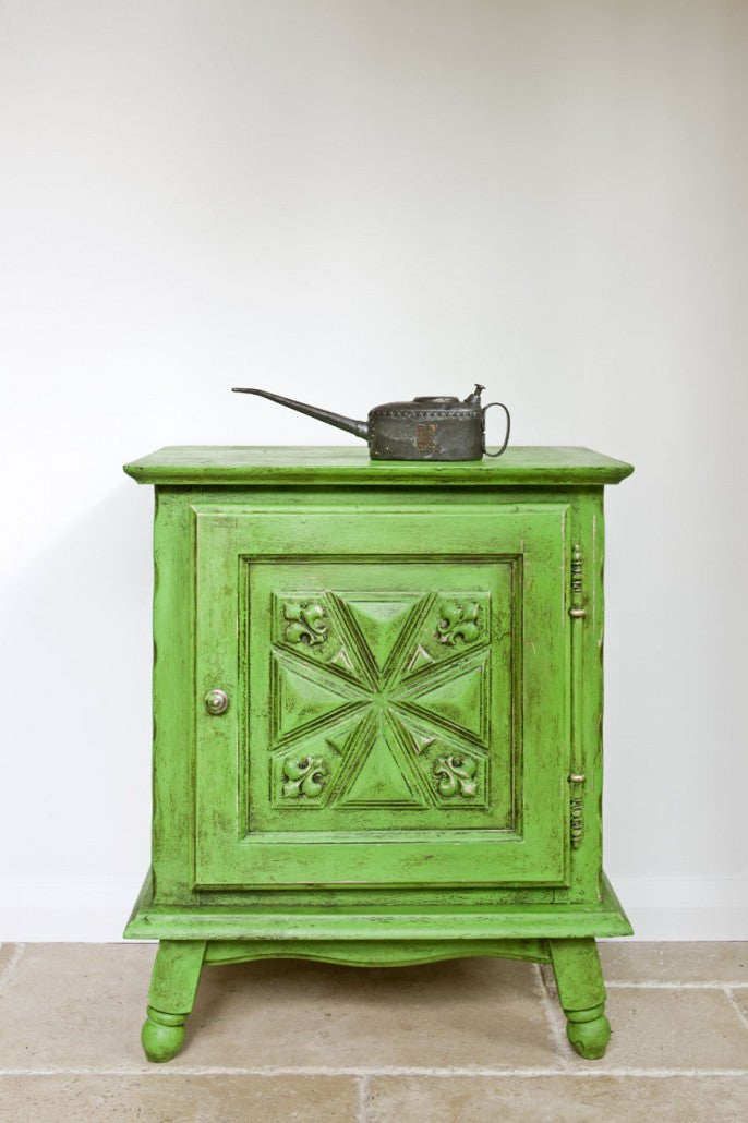 Annie Sloan Chalk Paint Antibes Green Dresser