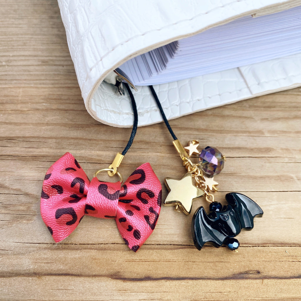 PLANNER TAIL or BOOKMARK MINI BOW Red Leopard Bow
