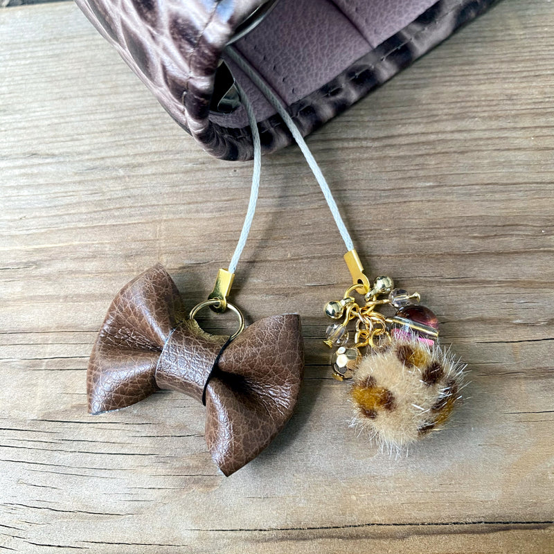PLANNER TAIL or BOOKMARK LILY BOW Gingerbread Bow x Tan Leopard furry bead