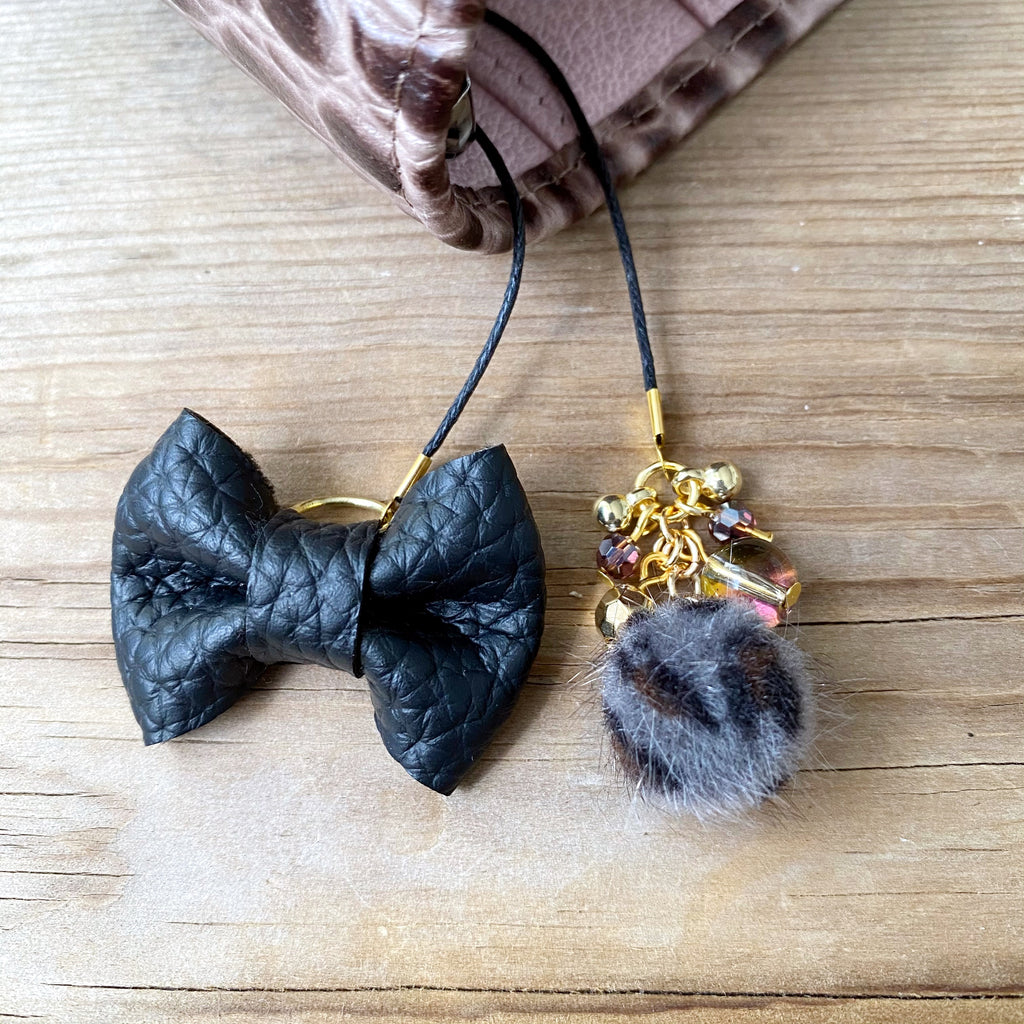 PLANNER TAIL or BOOKMARK LILY BOW Coal Bow x Grey Leopard furry bead