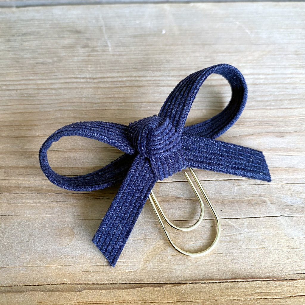 LOLA BOW Navy Corduroy Bow Paperclip