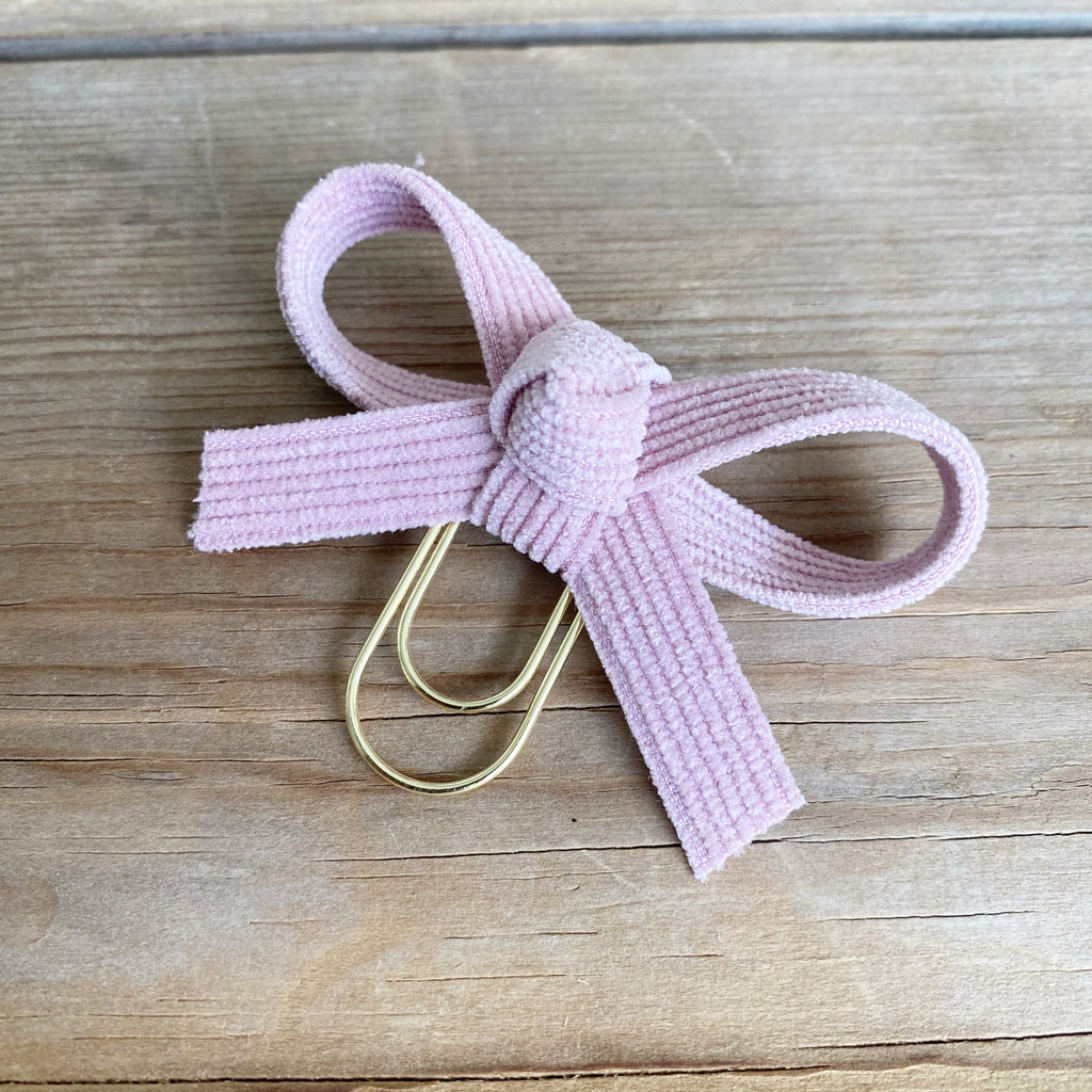 LOLA BOW Pale Pink Corduroy Bow Paperclip