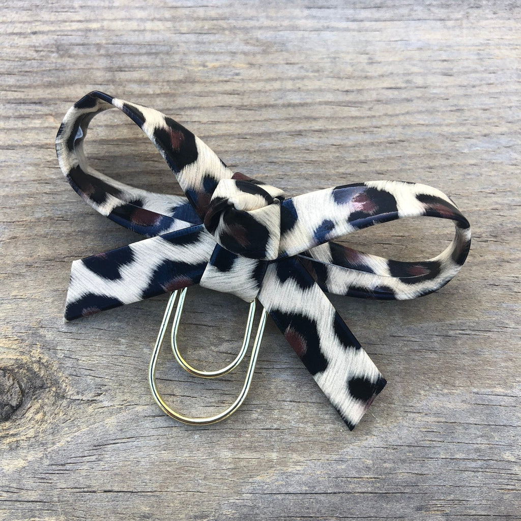 LOLA BOW Blonde Leopard Bow Paperclip