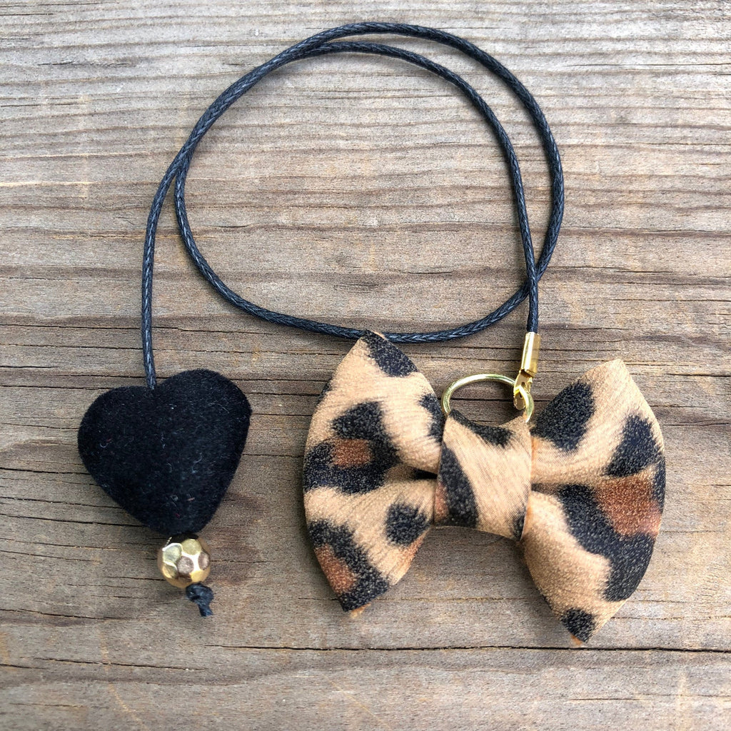 PLANNER TAIL or BOOKMARK MINI BOW Tan Leopard with Black Velvet Heart