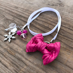 PLANNER TAIL or BOOKMARK LILY BOW Fuchsia Cable Knit Bow