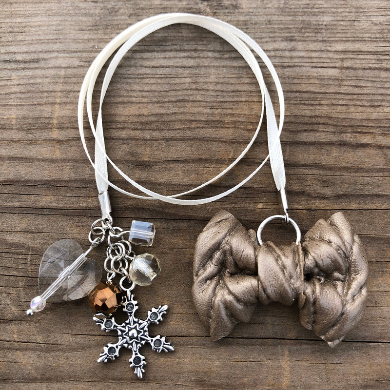 PLANNER TAIL or BOOKMARK LILY BOW Light Bronze Cable Knit Bow