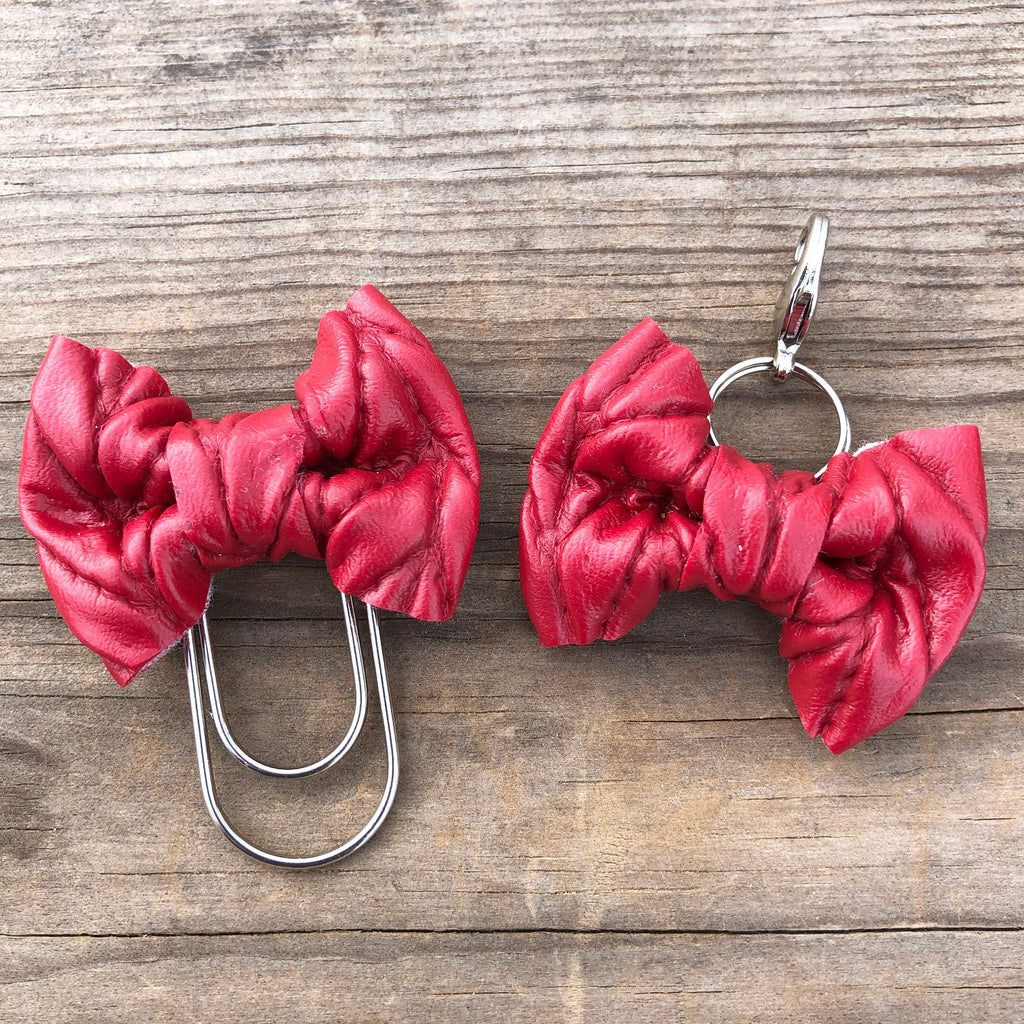 LILY BOW Red Cable Knit Bow Paperclip or Bow Charm
