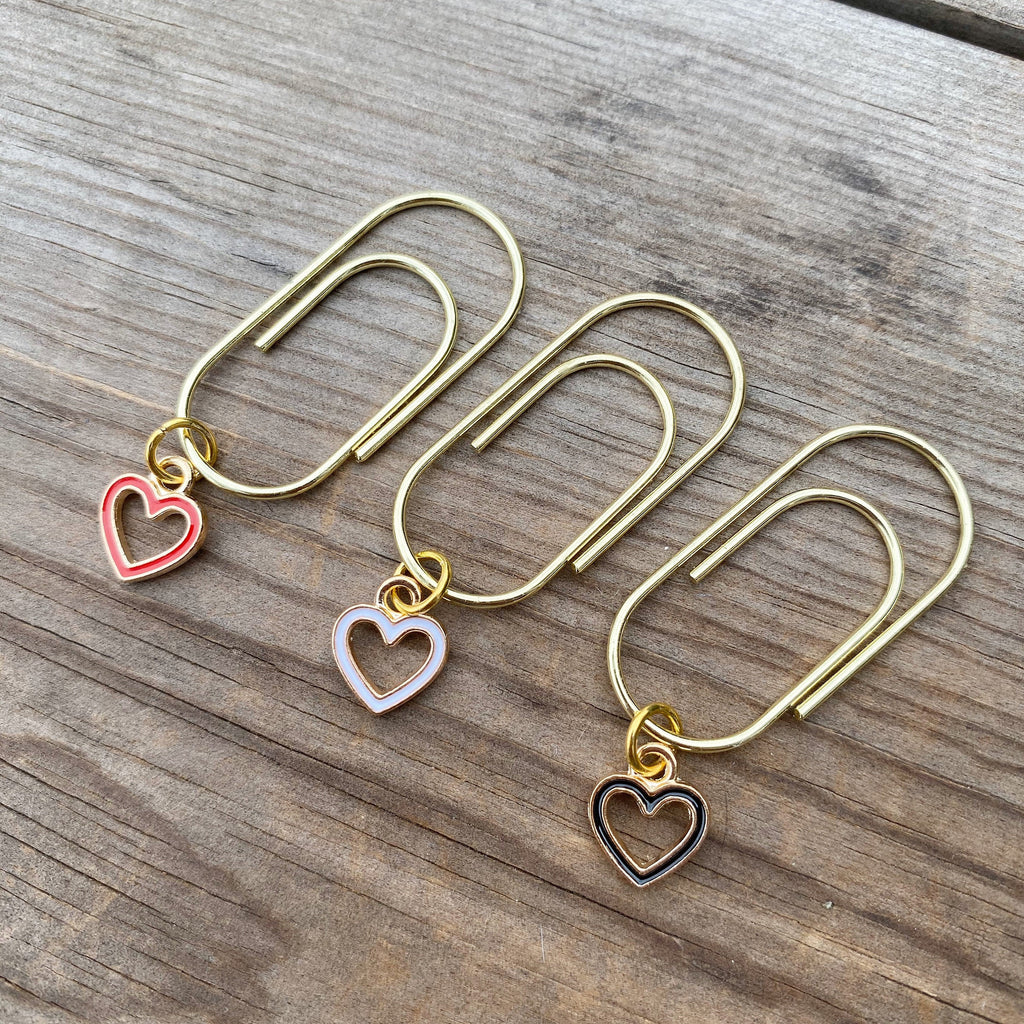 CHARM DANGLE Open Heart Charm Paperclip