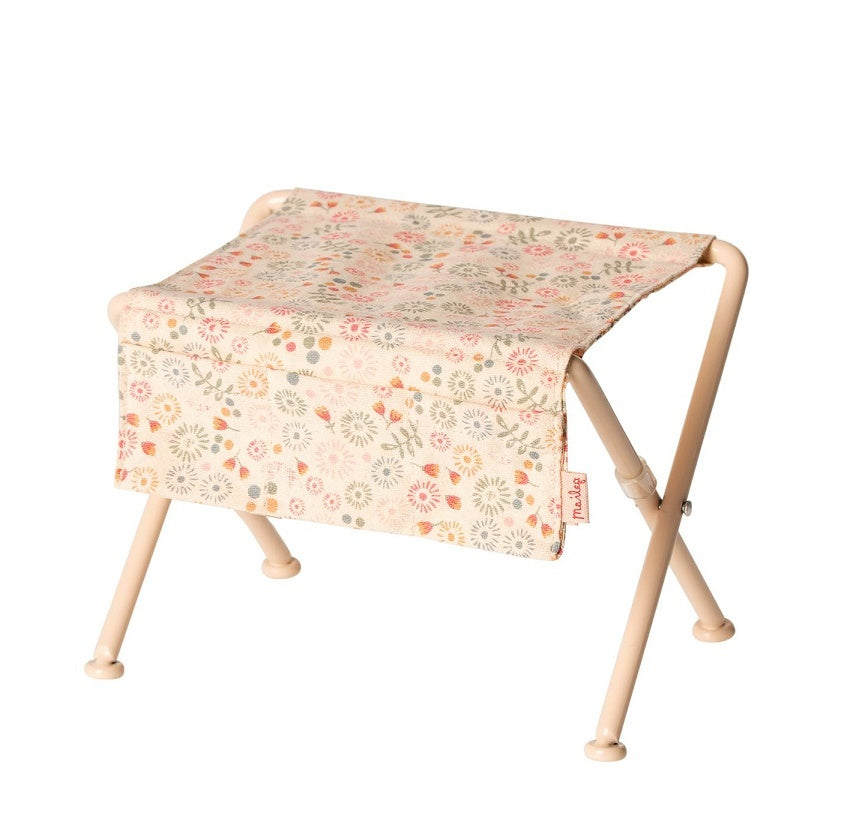 Maileg - Nursery Table
