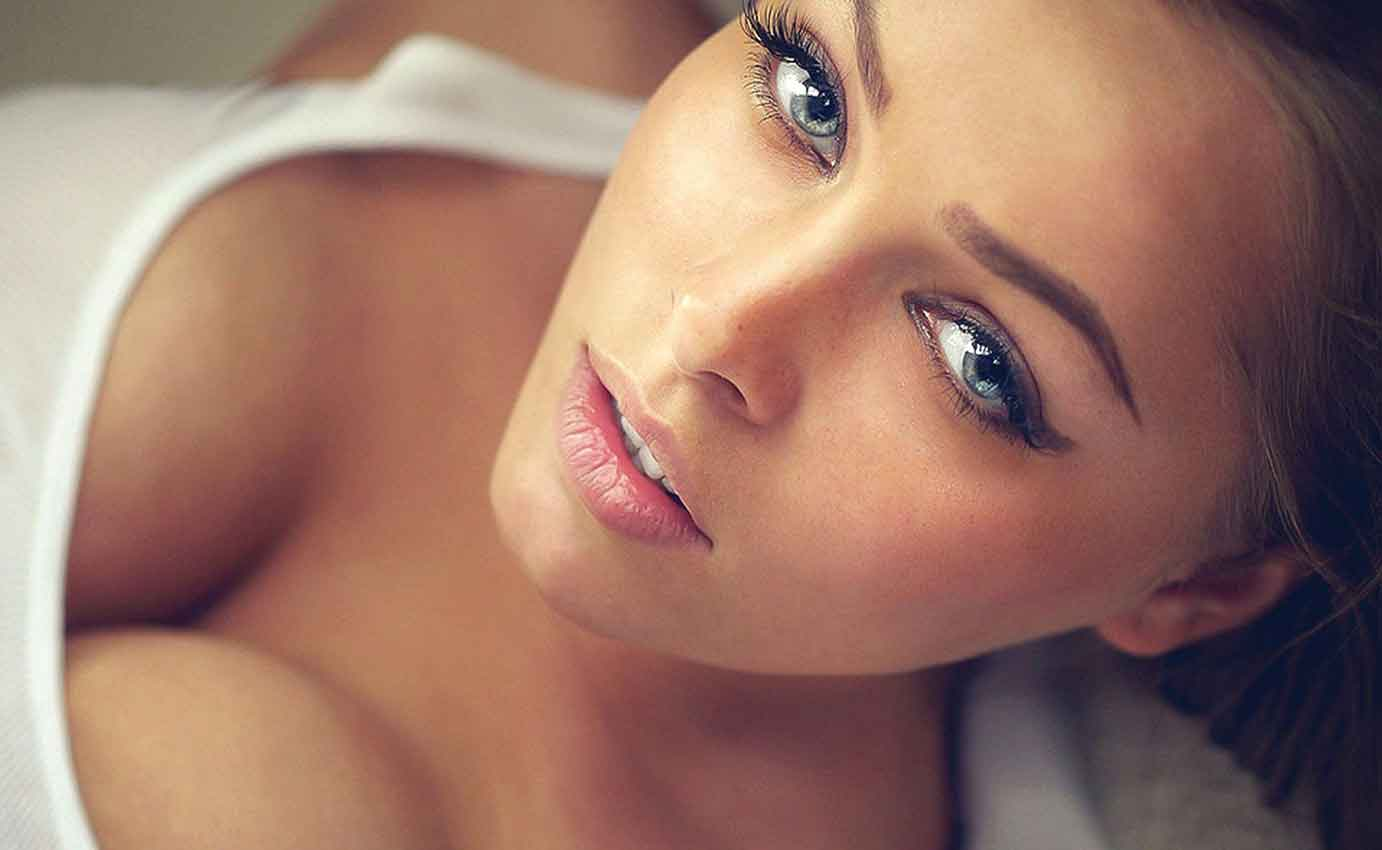 hot girl with blue eyes