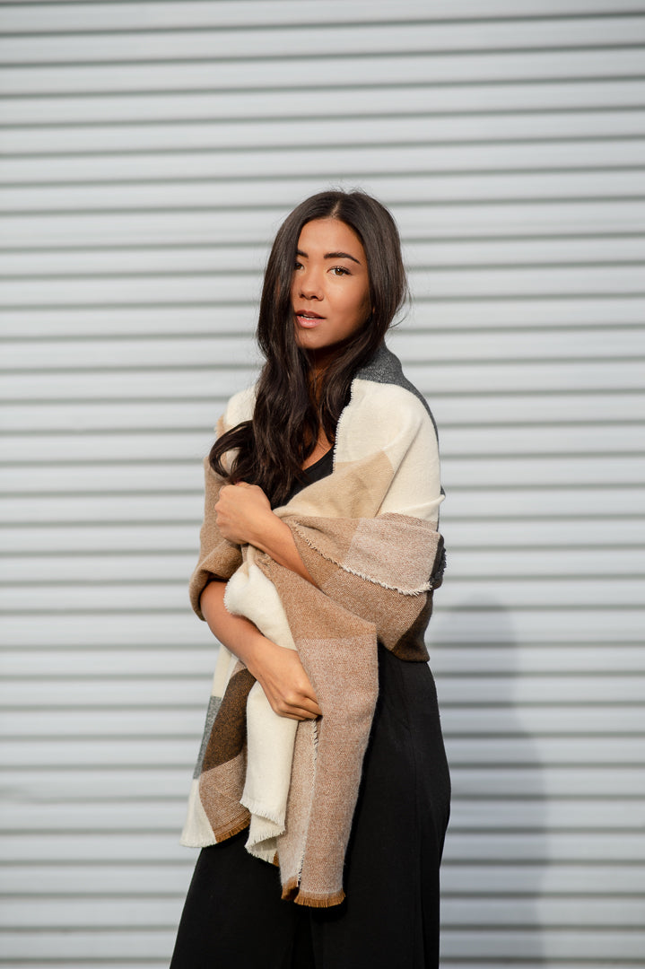 "The Roster ""That Heart Of Gold"" Blanket Scarf"
