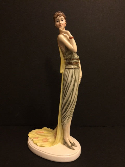 Stunning Art Deco Roaring 20's Lady Porcelain Figurine - Roadshow Collectibles