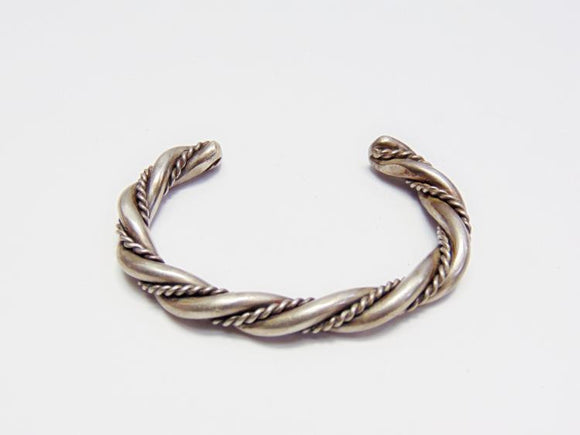 Bracelet, Navajo Indian, Sterling Silver, Twisted Rope Design - Roadshow Collectibles