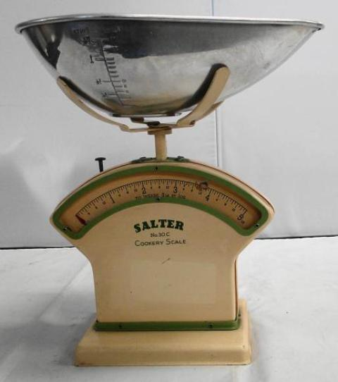 Cookery Scale No. 30C Made By Salter Housewares Ltd in The 1940s - Roadshow Collectibles