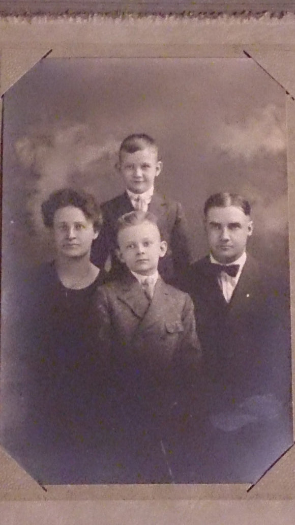 Black & White Family Portrait By A.B Duncan, In Springfield, Missouri - Roadshow Collectibles