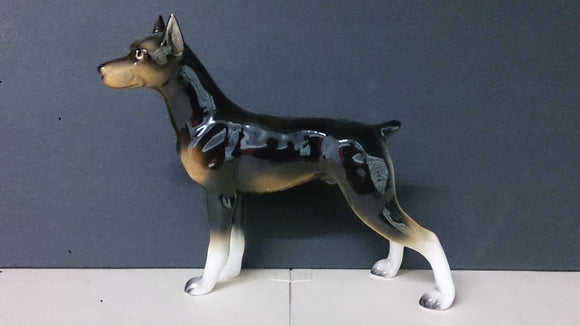 Lefton Porcelain Doberman, Black Brown & White Markings Made In Korea - Roadshow Collectibles