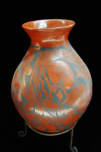 Pottery Pot Etched Stylized Shapes, Kokopelli Figures Gloria Hernandez - Roadshow Collectibles