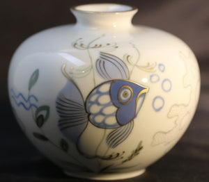 Heimer Grimm Porcelain Vase Hand-Painted, Fish Swimming Among Seaweed - Roadshow Collectibles