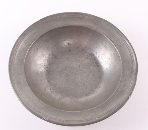 Colonial Pewter Bowl Single Reed, Touch Mark Blois, Ownership Mark L.D - Roadshow Collectibles