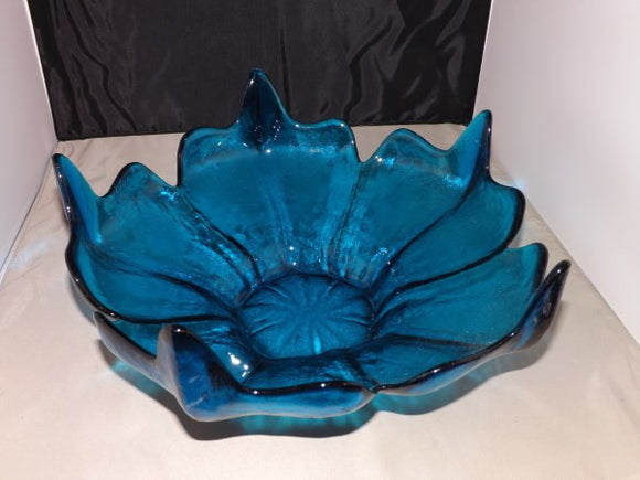 Murano Lavorazione Arte Bowl, Shaped Like a Flower, Turquoise Blue - Roadshow Collectibles