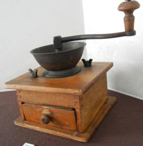 Manual Coffee Grinder with Scoop - Roadshow Collectibles