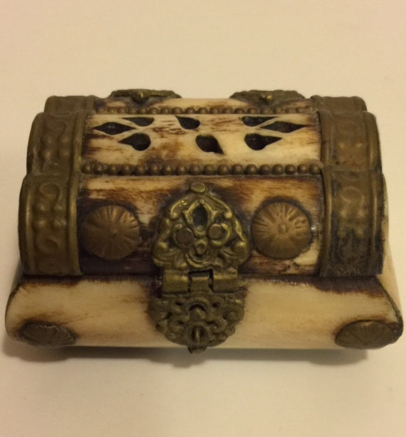 Bone and Brass Hinged Jewelry Trinket Box - Roadshow Collectibles