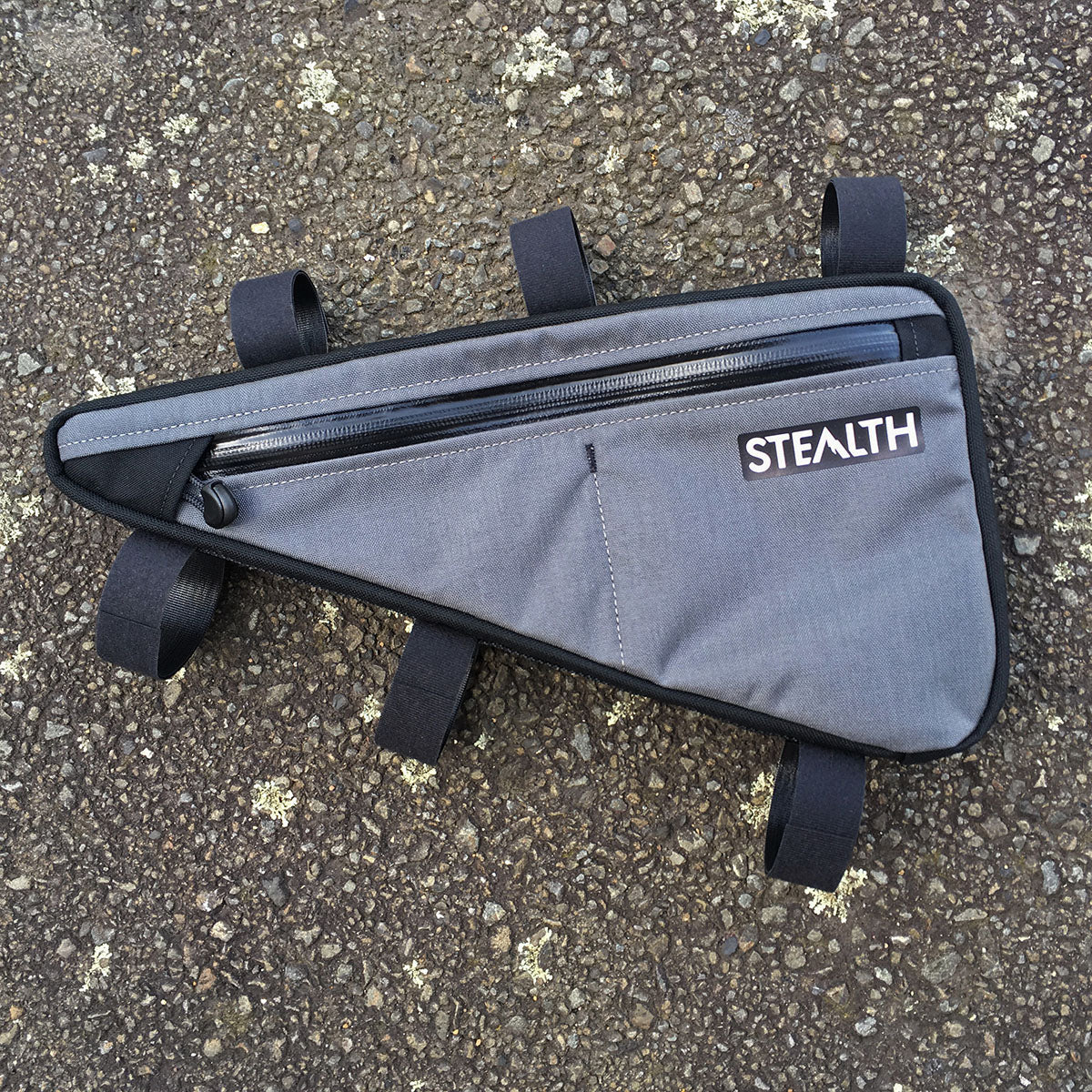 Grey custom frame bag with vertical divider