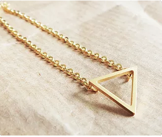 TRIANGLE NECKLACE - DOODAH