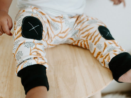 Autumn Vine |  Adventure Leggings