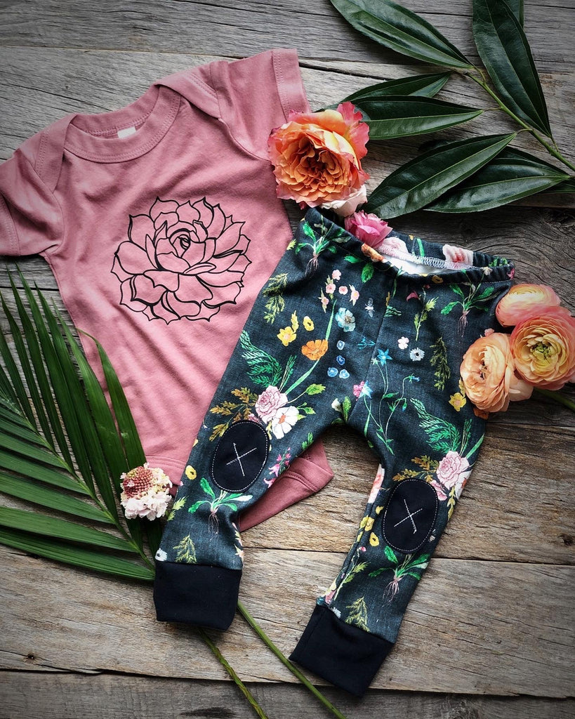 Summer Flowers  |  Adventure Leggings