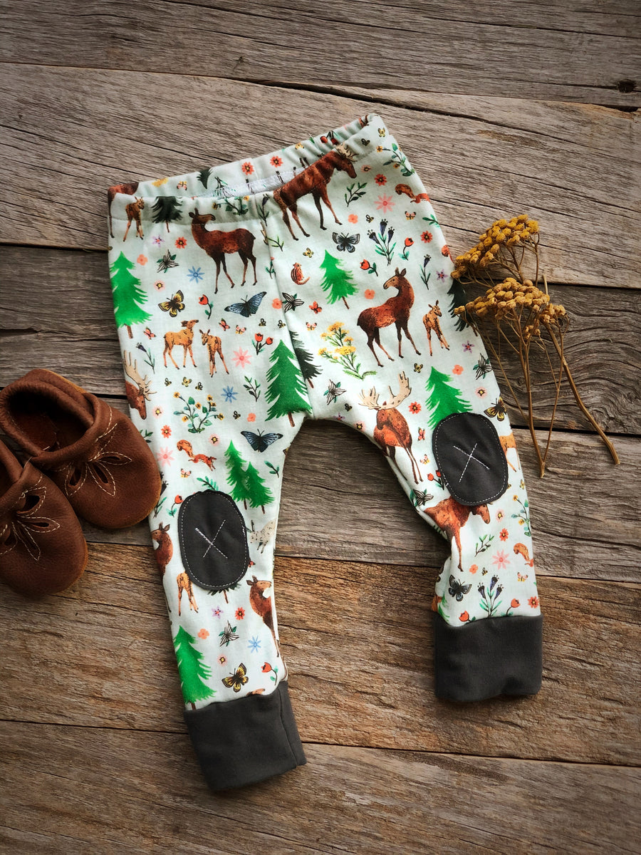 Moose Flower Fields |  Adventure Leggings