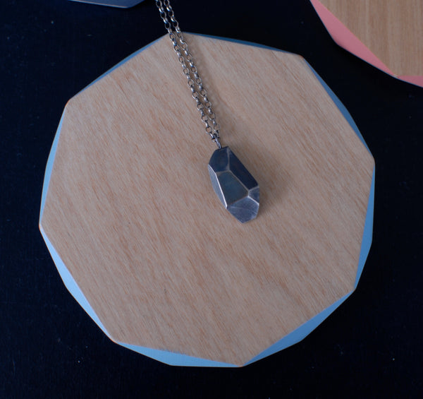 Large geometric pendant