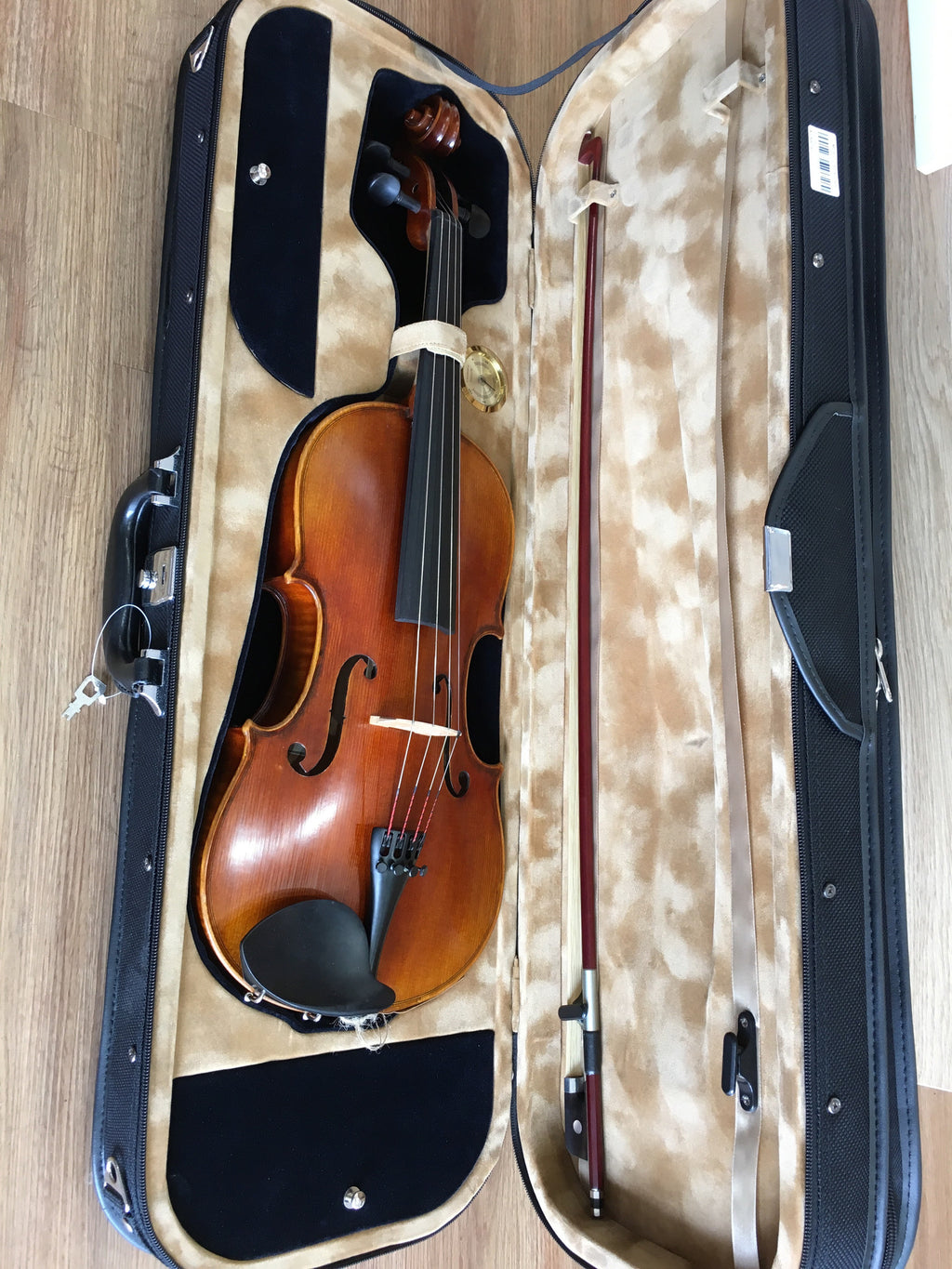 "A Master 15.5"" Viola Outfit w Professional Setup - Music Creators Online"