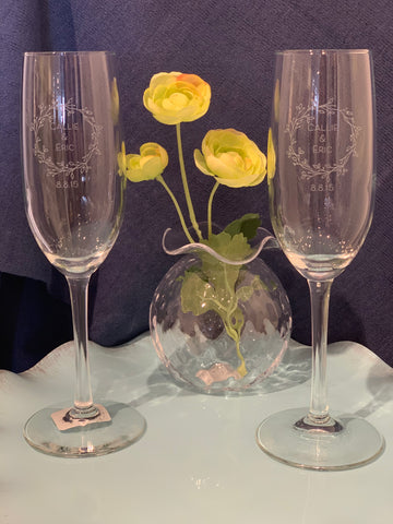 Custom Champagne Flutes (Set of 2)