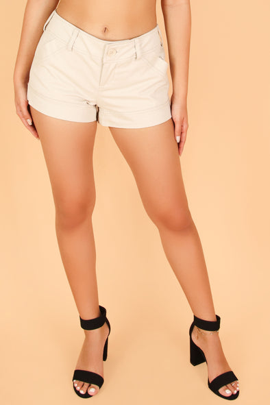 Jeans Warehouse Hawaii - SOLID WOVEN SHORTS - LOVE ME SO SHORTS | By STYLISH WHOLESALE