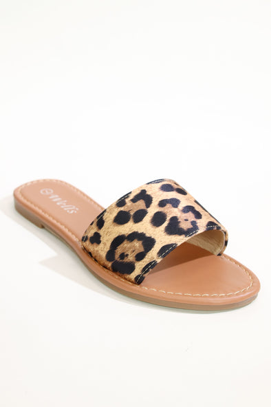 Jeans Warehouse Hawaii - FLATS SLIP ON - ON THE WILD SIDE SLIDE | By WELLS FOUNTAIN INC.