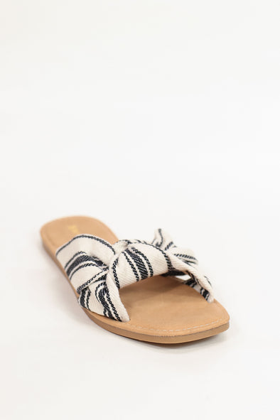 Jeans Warehouse Hawaii - FLATS SLIP ON - OUT ON THE BEACH FLAT | By JP ORIGINAL