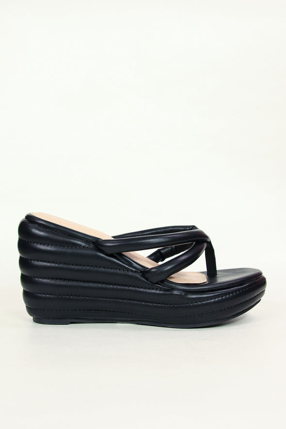 "Jeans Warehouse Hawaii - WEDGES OVER 3"" - FOCUS ON ME WEDGE 