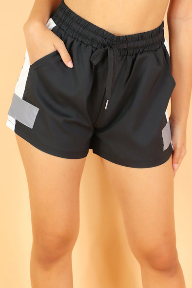 Jeans Warehouse Hawaii - SOLID WOVEN SHORTS - I WANNA PLAY SHORTS | By SEE PLUS INC