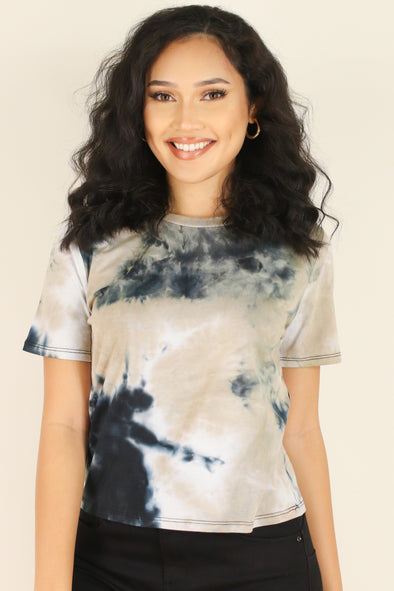 Jeans Warehouse Hawaii - SS PRINT - COLOR OUTSIDE THE LINES TOP | By HEART & HIPS