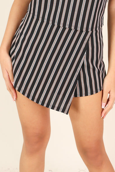 Jeans Warehouse Hawaii - MATCH SEPARATES - WILD HEART SKORT | By SEE PLUS INC