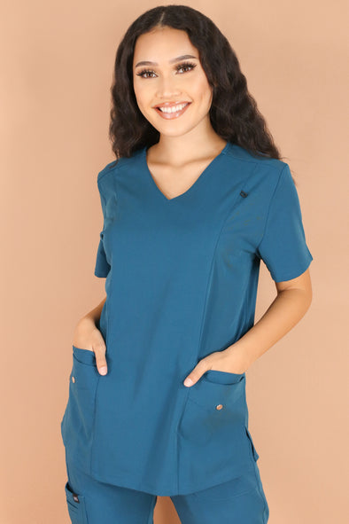 Jeans Warehouse Hawaii - JUNIOR SCRUB TOPS - CHECKUP SCRUB TOP | By MEDGEAR