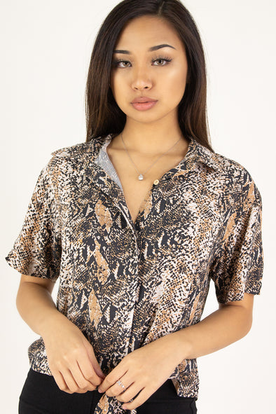 Jeans Warehouse Hawaii - S/S PRINT WOVEN CASUAL TOPS - NO EFFORT TOP | By ULTIMATE OFFPRICE
