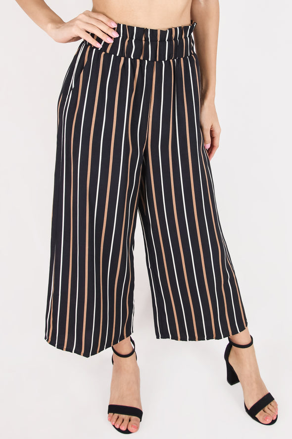 Jeans Warehouse Hawaii - PRINT WOVEN CAPRI'S - I DON'T GET IT PANTS | By TIMING