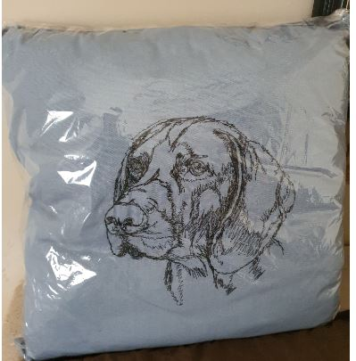 German Shorthaired Pointer Blue Embroidered Cushion Cover
