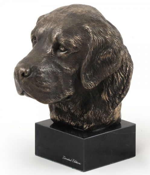 Golden Retriever Statue