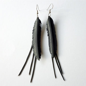 Upcycled Earrings feather with frill - Studio Matakana