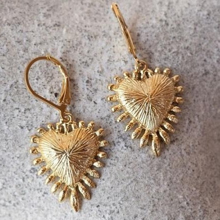 Zoe & Morgan Heart Rays Earrings - Gold